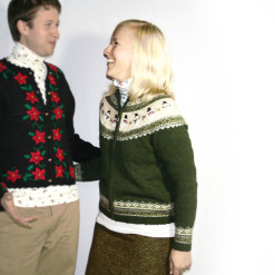 Nordic Snowman Olive Green Cardigan Tacky Ugly Christmas Sweater Women's Size Small (S)