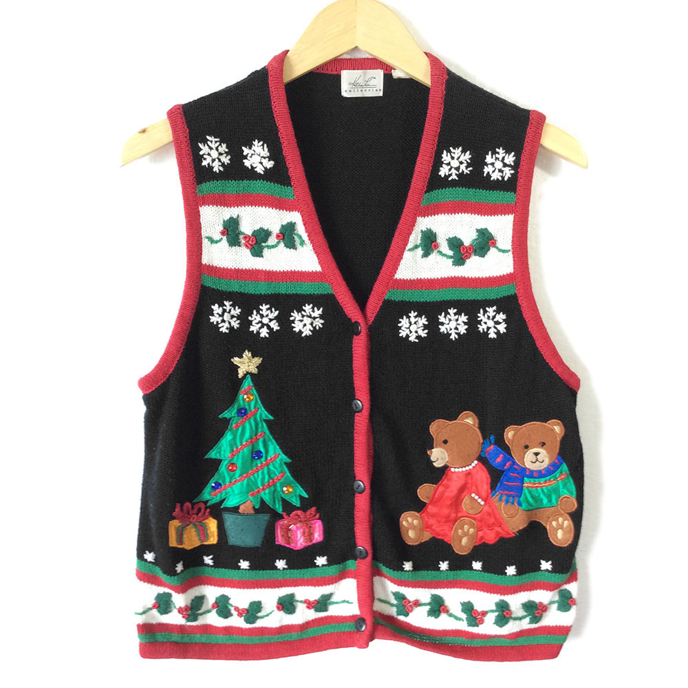 So, the Christmas holidays will soon be upon us and it's great fun to host a party with family and friends to celebrate the occasion. Throw the perfect holiday bash by hosting an Ugly Christmas Sweater party.