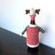 knit-ugly-christmas-sweater-for-your-bottle-of-wine-hat-reindeer-2
