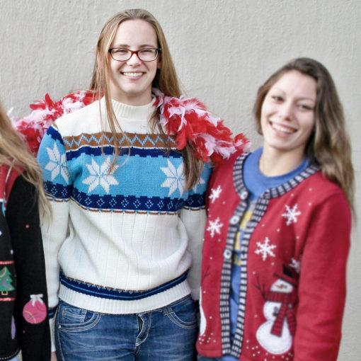 Vintage 70s Nordic Snowflake Ugly Ski : Christmas Sweater